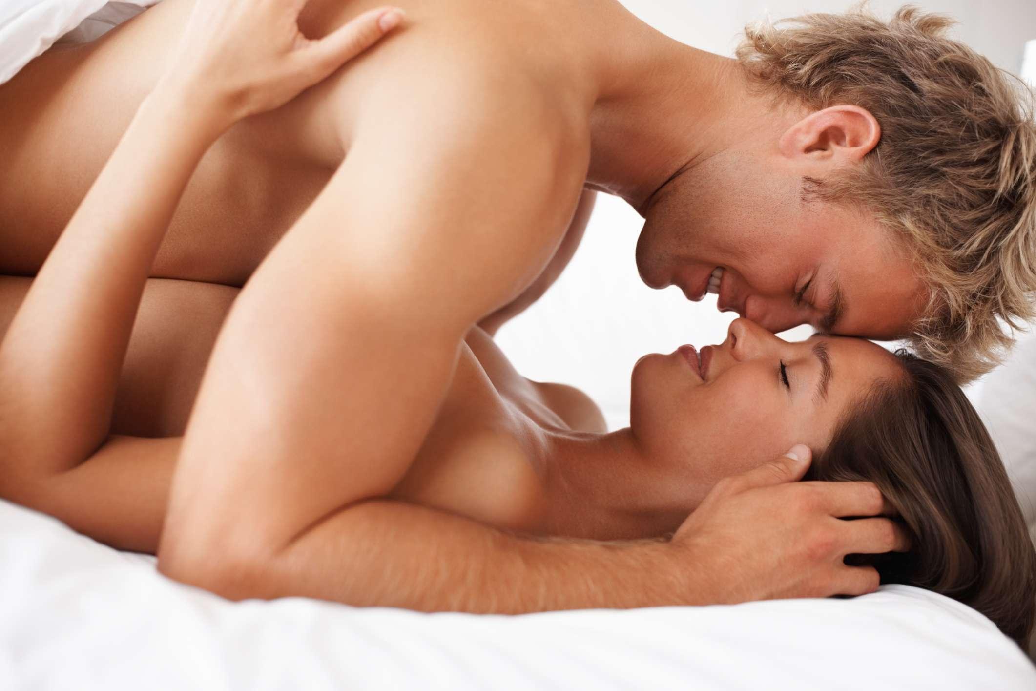 Diminuir o ritmo ajuda a controlar melhor o tempo até a ejaculação. Foto: iStock