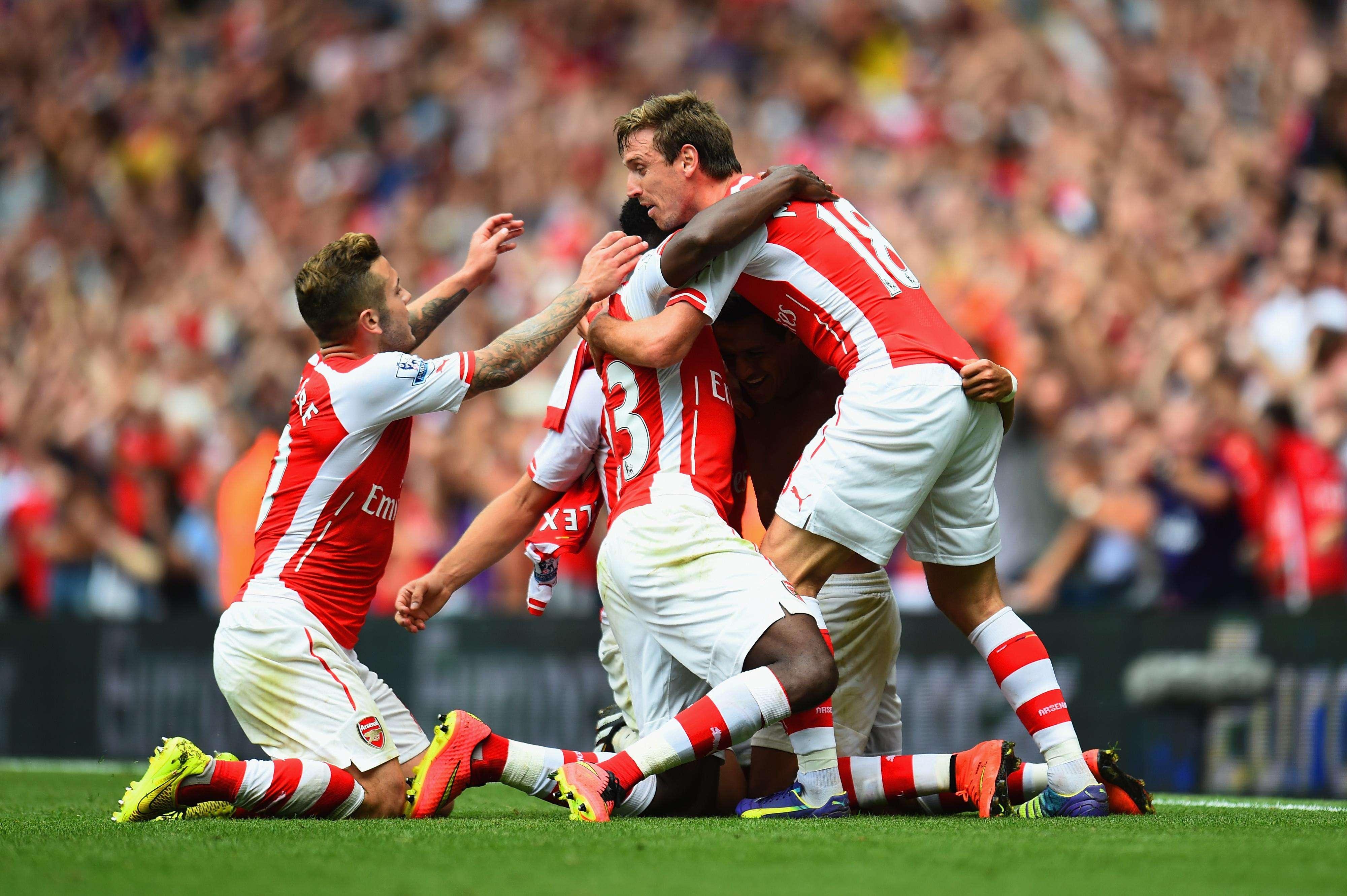 Arsenal y Manchester City juegan en el Emirates Stadium de Londres en acciones correspondientes a la cuarta jornada de la Premier League de Inglaterra, en su temporada 2014-2015 Foto: Getty Images