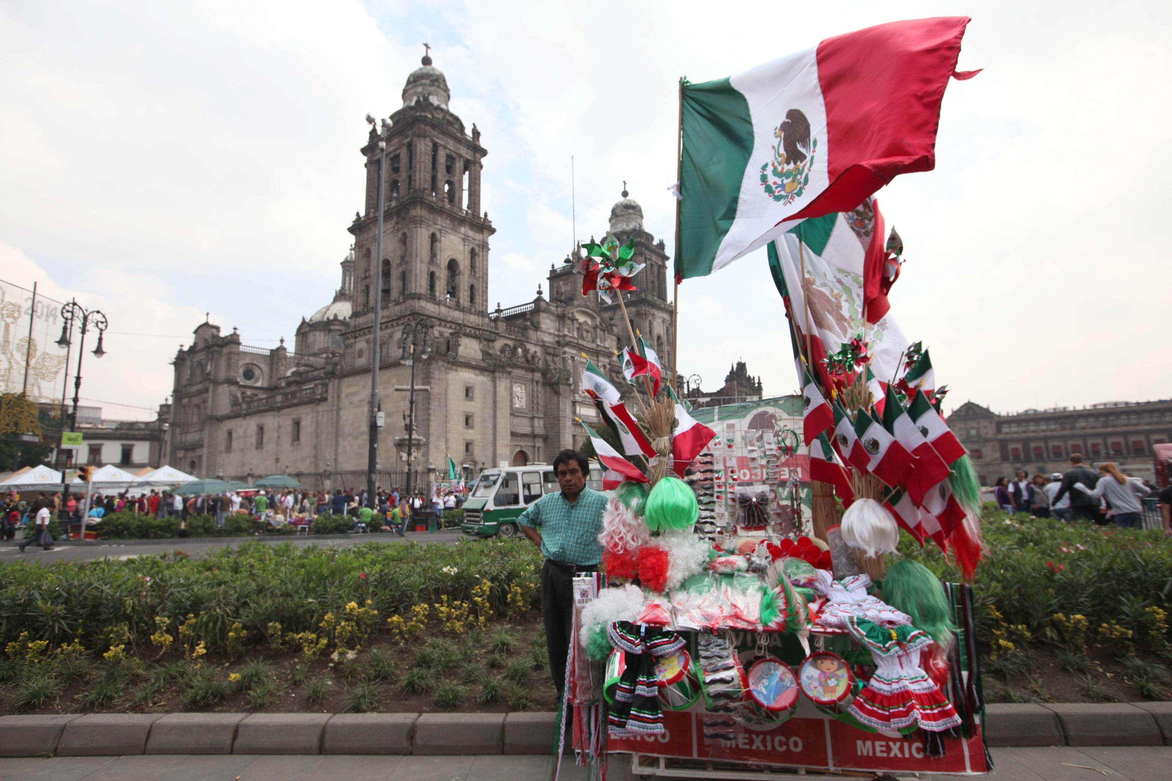 Zócalo capitalino listo para el Grito de Independencia Foto: Terra