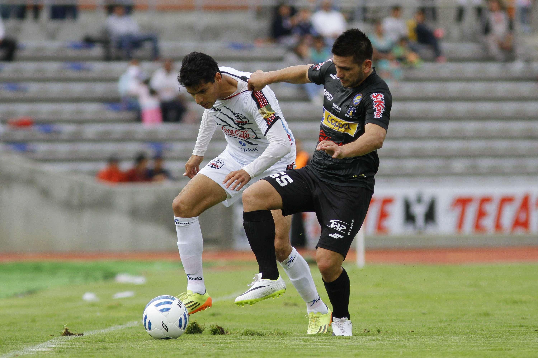 Lobos BUAP se afianza como uno de los mejores equipos de la Liga de Ascenso, luego de golear 3-0 a Dorados de Sinaloa, con triplete de Diego Jiménez. Foto: Imago7