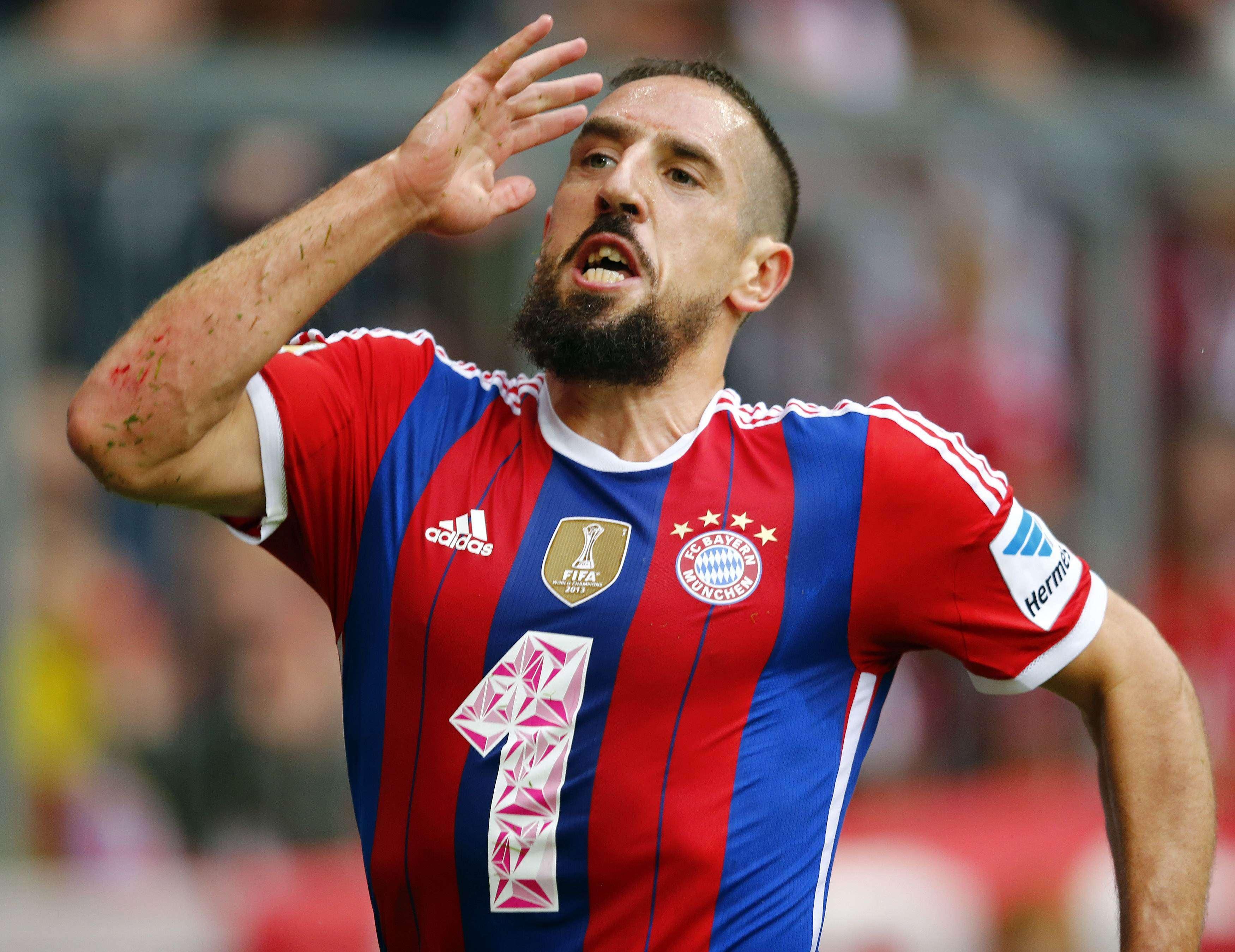 Ribéry faz a festa após marcar pelo Bayern de Munique Foto: Michael Dalder/Reuters