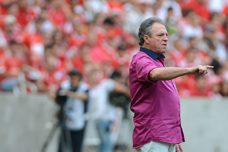 Abel Braga barrou o goleiro Dida e escalou Muriel como titular Foto: Edu Andrade/ Fatopress/Gazeta Press