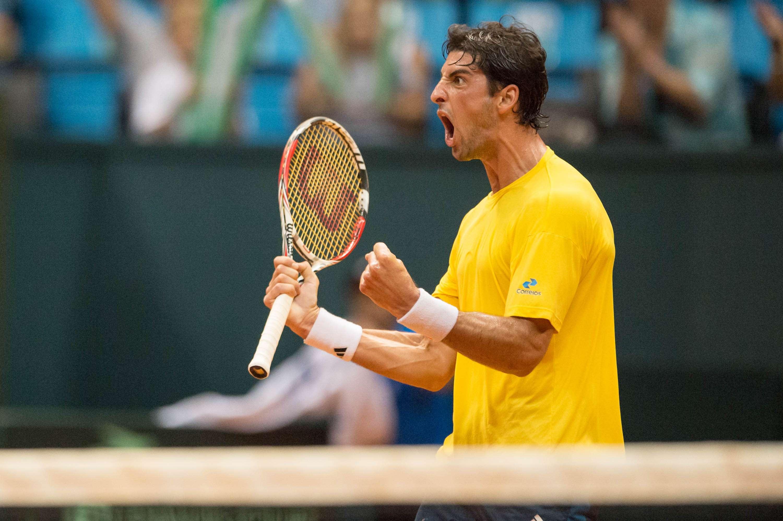 Bellucci vibra durante partida Foto: Fernando Dantas/Gazeta Press