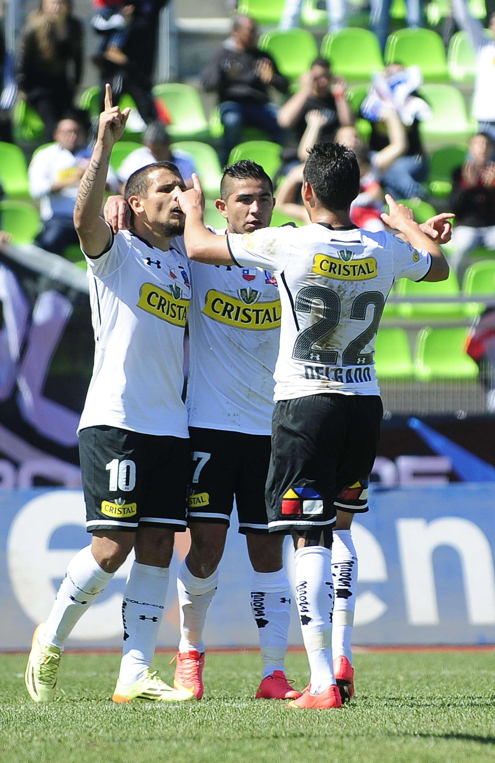 Colo Colo venció por 3-1 a Palestino en Valparaíso y alcanzó momentáneamente a la U en la cima de la tabla de posiciones del Torneo de Apertura. Foto: Agencia UNO