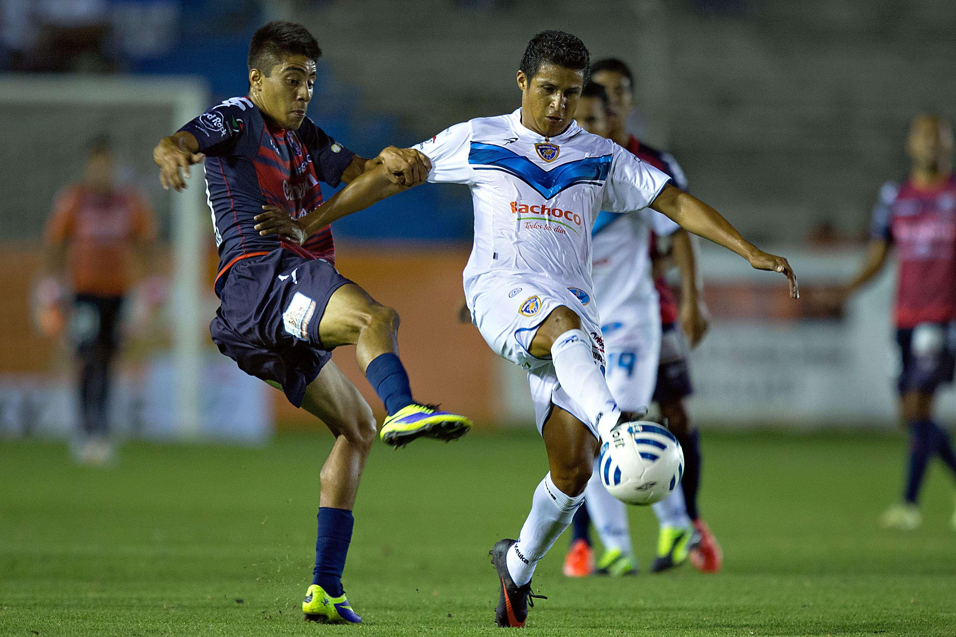 Con doblete de Patricio Barroche, Celaya derrotó 2-1 al Atlante, en el cierre de la jornada 8 de la Liga de Ascenso MX. Por los Potros descontó Sonny Guadarrama. Foto: Imago7