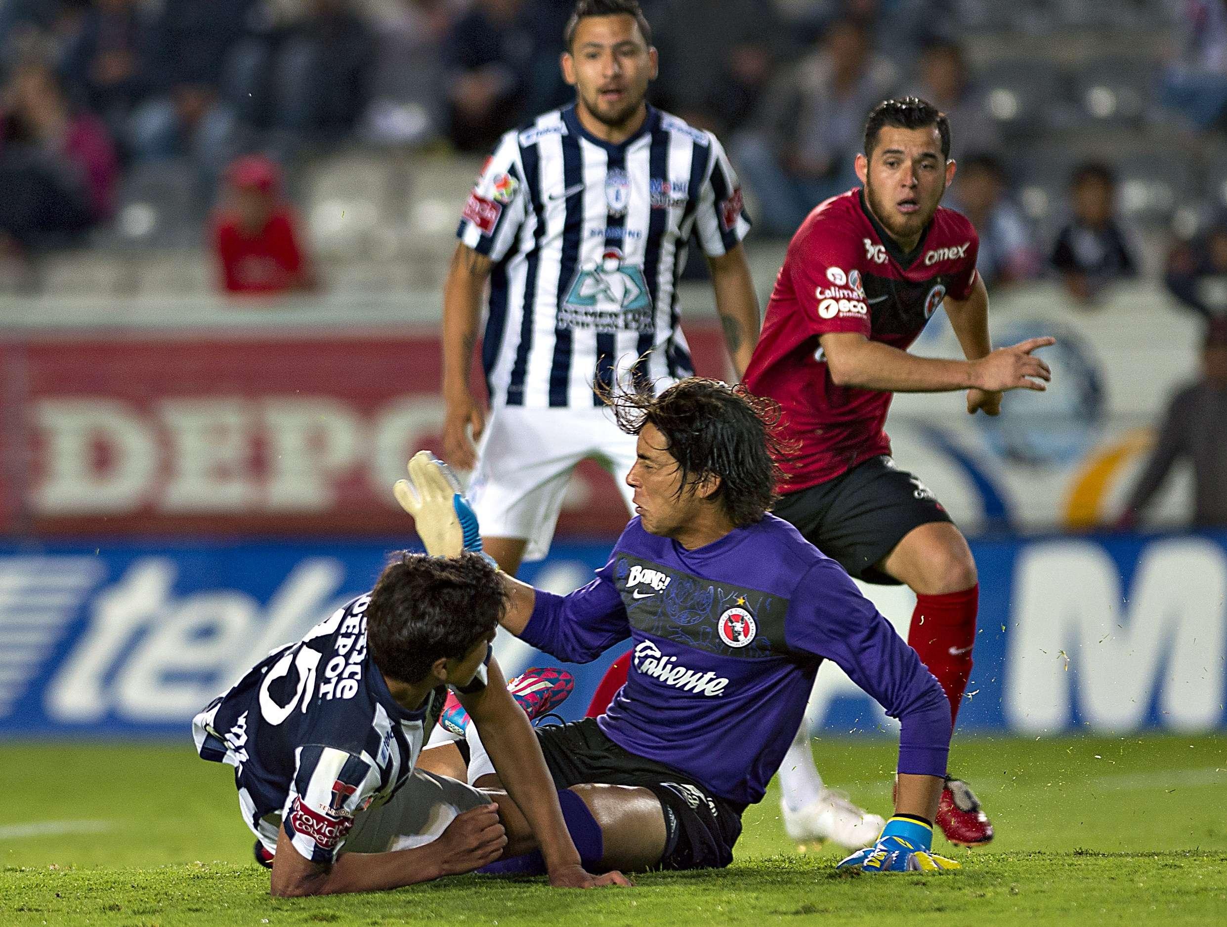 Cirilo Saucedo tuvo una gran noche para ayudar a Xolos a conseguir el empate ante Pachuca. Foto: Mexsport