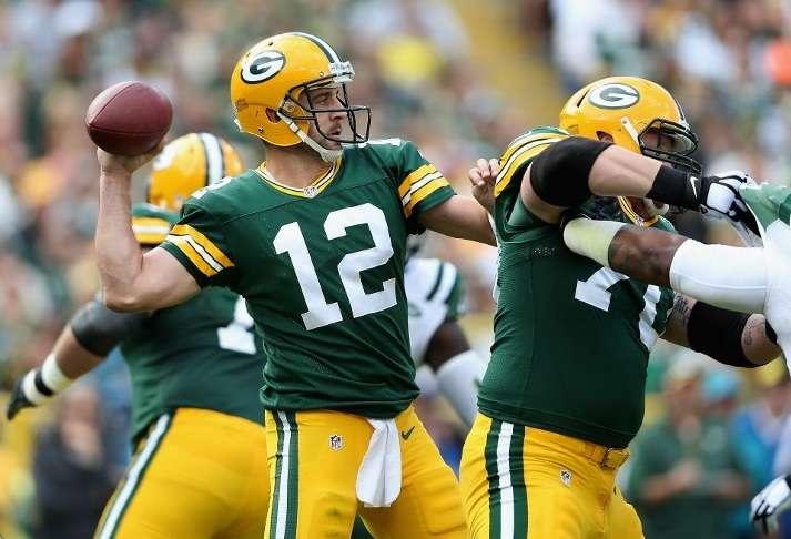 Aaron lanzó tres pases de anotación en la victoria de Green Bay Packers 31-24 sobre New York Jets. Foto: AFP