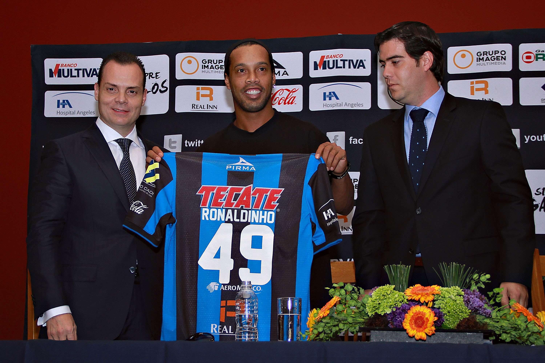 Querétaro es el séptimo equipo en la carrera de Ronaldinho. Foto: Imago7