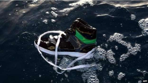 Das cerca de 250 pessoas a bordo do barco na Líbia, apenas 36 foram resgatadas Foto: AFP
