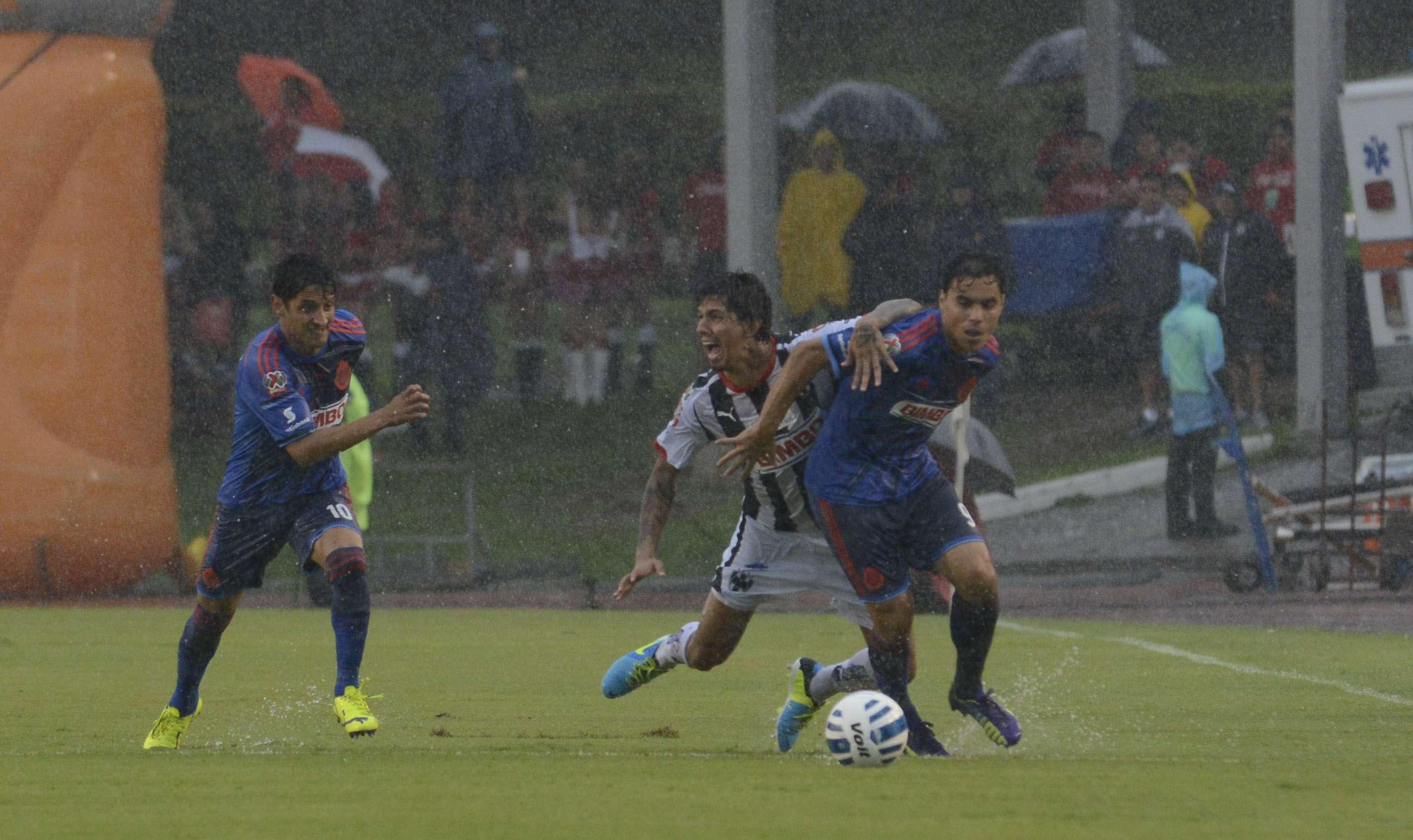 El duelo Monterrey vs. Chivas se jugará el 15 de noviembre.E Foto: Imago7