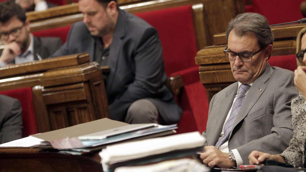 Oriol Junquera y Artur Mas. Foto: EFE