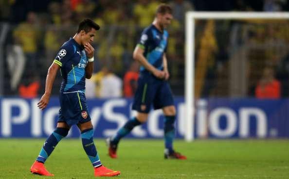 El chileno fue titular en la derrota por 2-0 de los ingleses ante el Borussia Dortmund en Alemania, en el duelo válido por la primera fecha del Grupo D. Foto: Getty Images