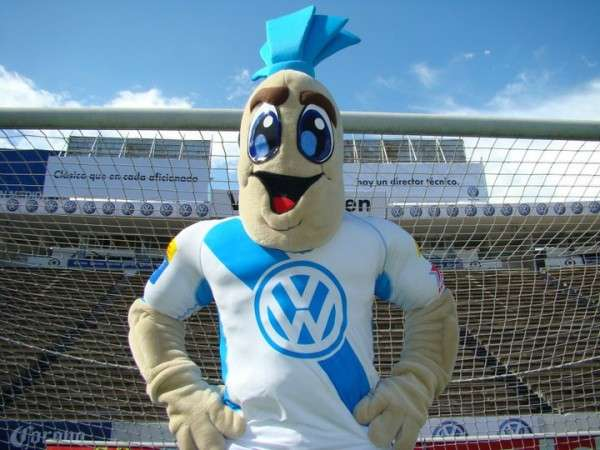 Camote: Puebla's soccer team has a sweet potato as its mascot. That is a poor enough decision, even worse was going with this iteration for its 'human' form. Foto: Puebla