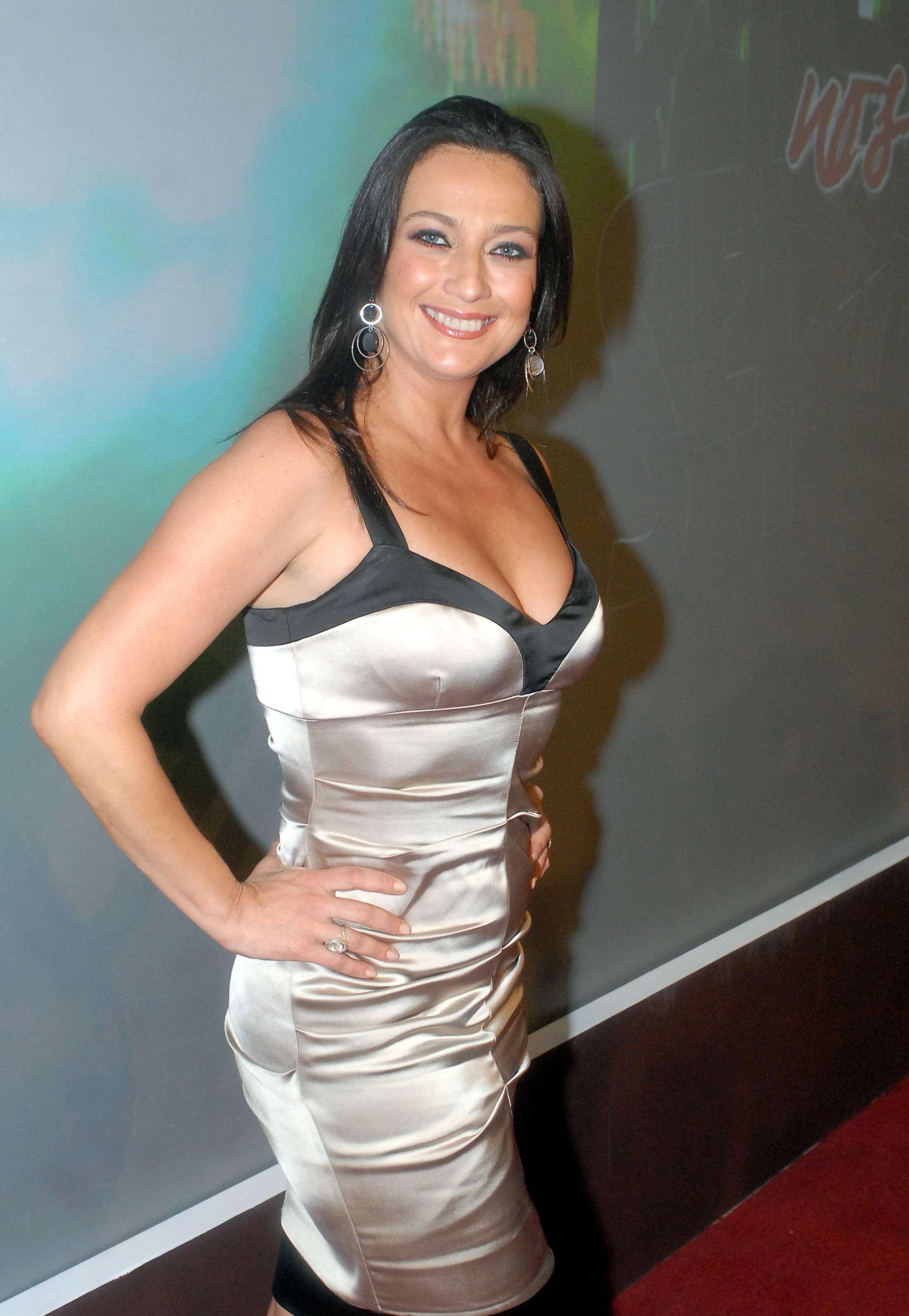 Actriz Diana Golden gorda, sube de peso Foto: Mezcal