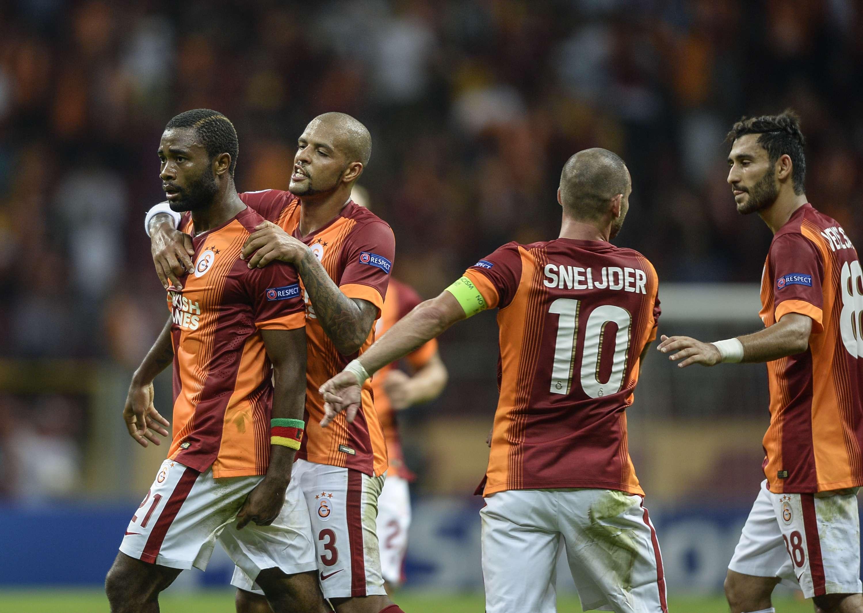 Jogadores do Galatasaray festejam empate Foto: Bulent Kilic/AFP