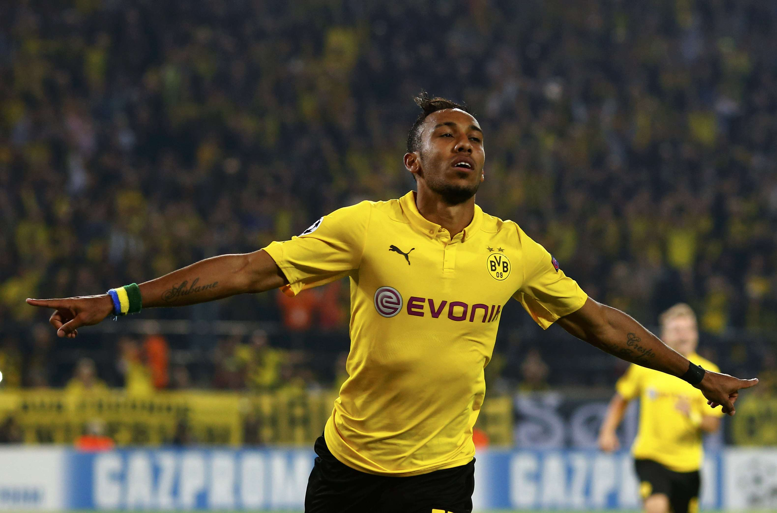 Borussia Dortmund's Pierre-Emerick Aubameyang celebrates after scoring a goal against Arsenal during their Champions League group D soccer match in Dortmund September 16, 2014. REUTERS/Ralph Orlowski (GERMANY - Tags: SPORT SOCCER) Foto: RALPH ORLOWSKI/REUTERS