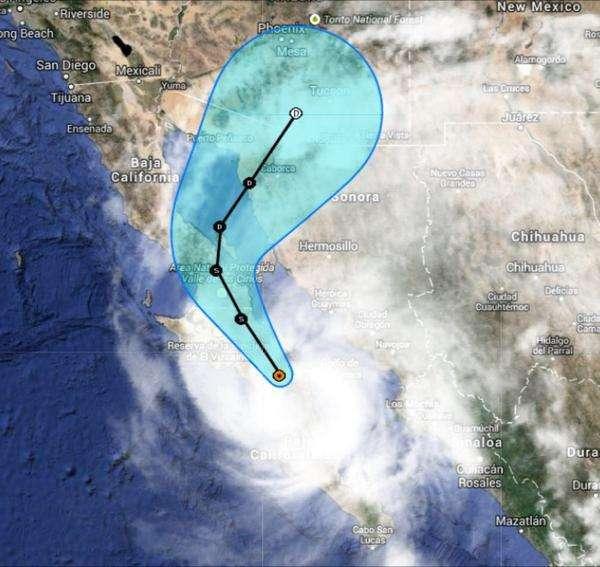 Después de dejar daños en la península de Baja California, 'Odile' se degradó a tormenta tropical y se ubica a 35 kilómetros al sur-suroeste de Mulegé y a 95 km al noroeste de Loreto, sin embargó, las lluvias continuarán en casi todo el país, informó la Comisión Nacional del Agua. Foto: Conagua
