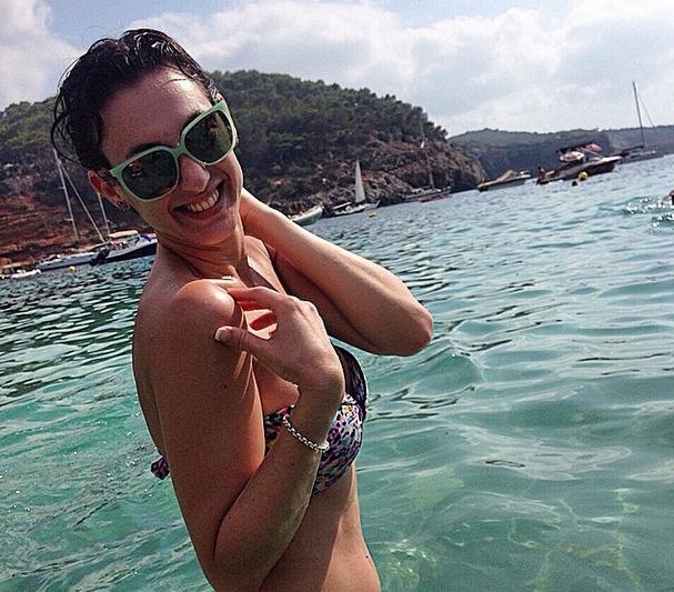 La modelo argentina Andrea Dellacasa vivió unas vacaciones de ensueño en la localidad europea de Ibiza por 10 días junto a un grupo de amigos ¡Revisa las imágenes! Foto: Reproducción Instagram.