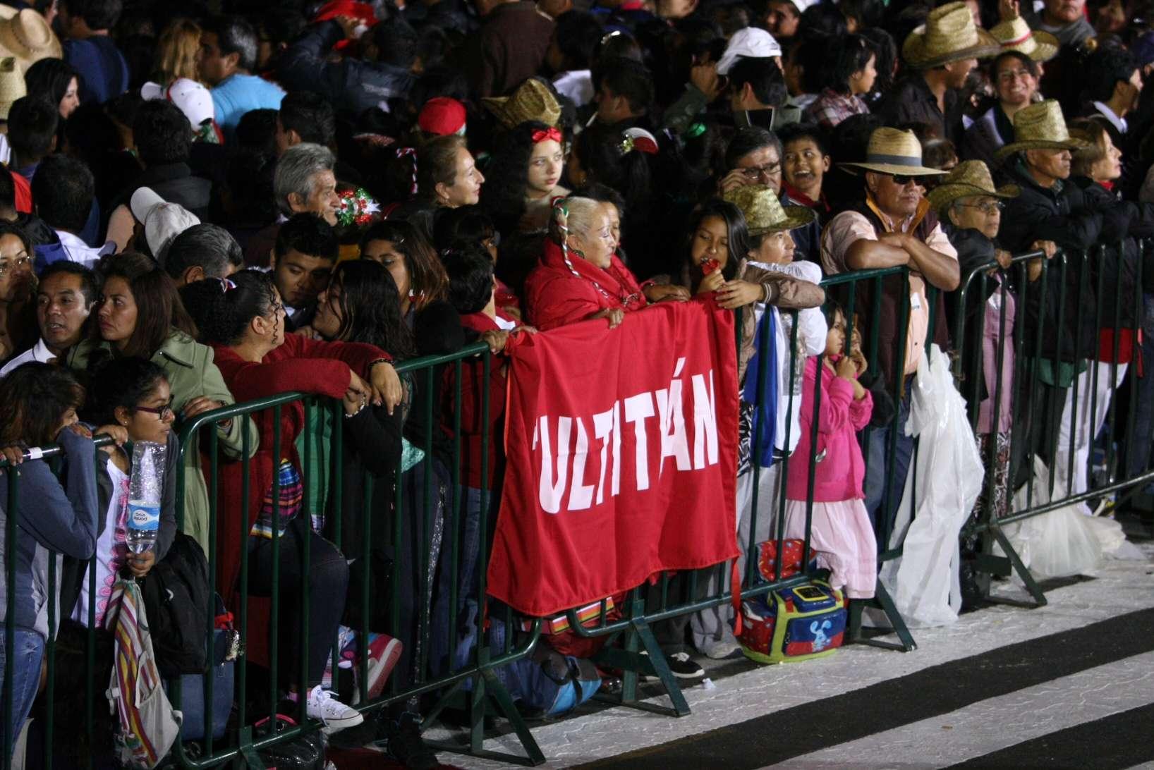 Zócalo se llena para Grito de Independencia de Peña Nieto Foto: Mario Castillo/Terra