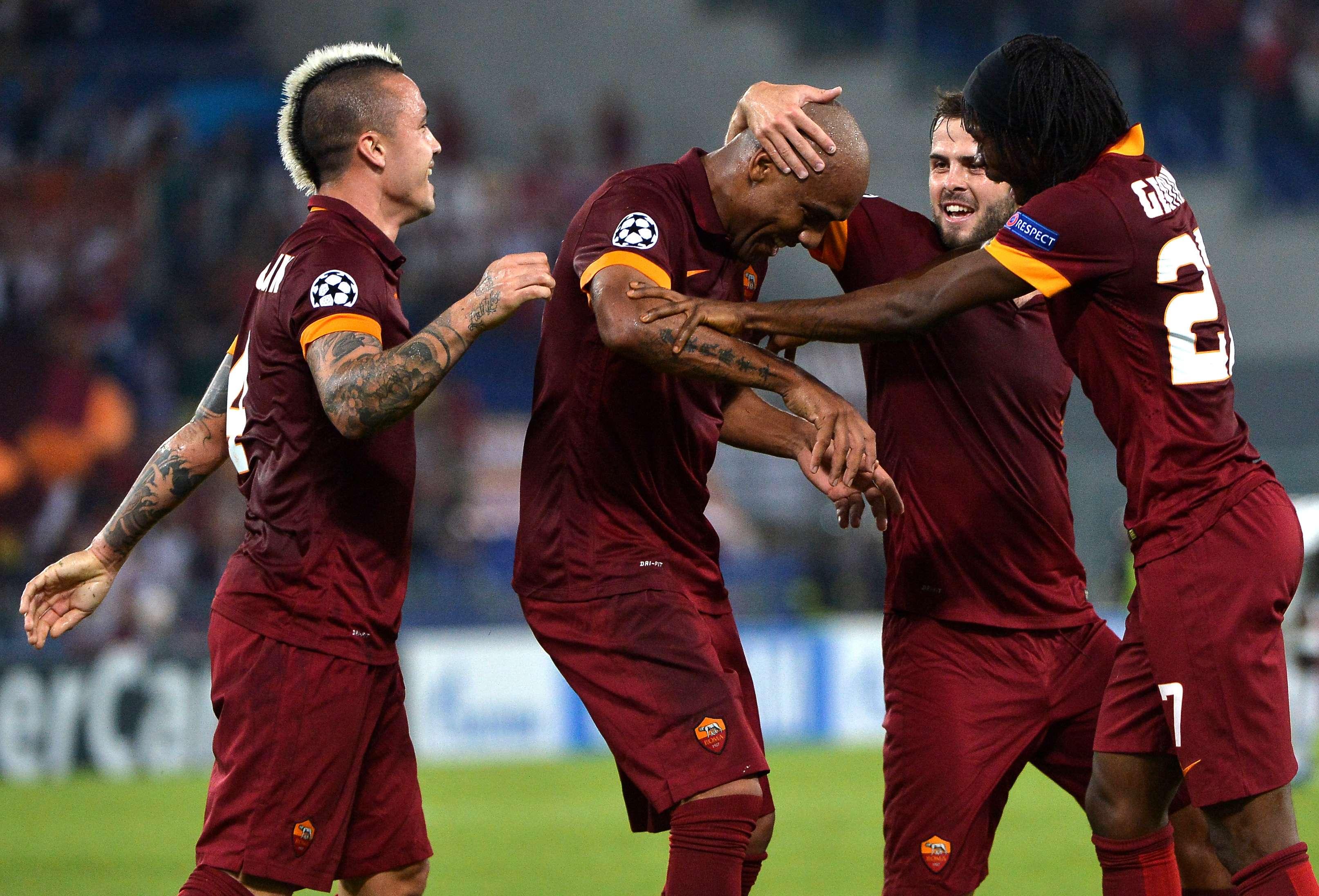 Equipe da Roma festeja goleada sobre o CSKA Foto: Alberto Pizzoli/AFP