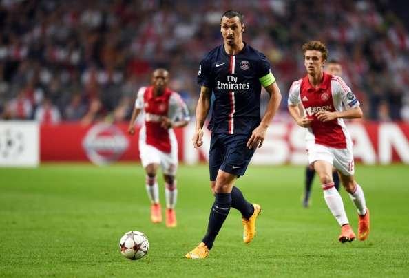 Ajax evitó la derrota en su casa el empatar a un gol frente al PSG. Edinson Cavani abrió el marcador para los visitantes y Lasse Schoene igualó el partido para recuperar un punto en el inicio de la Champions en el Grupo F Foto: AFP