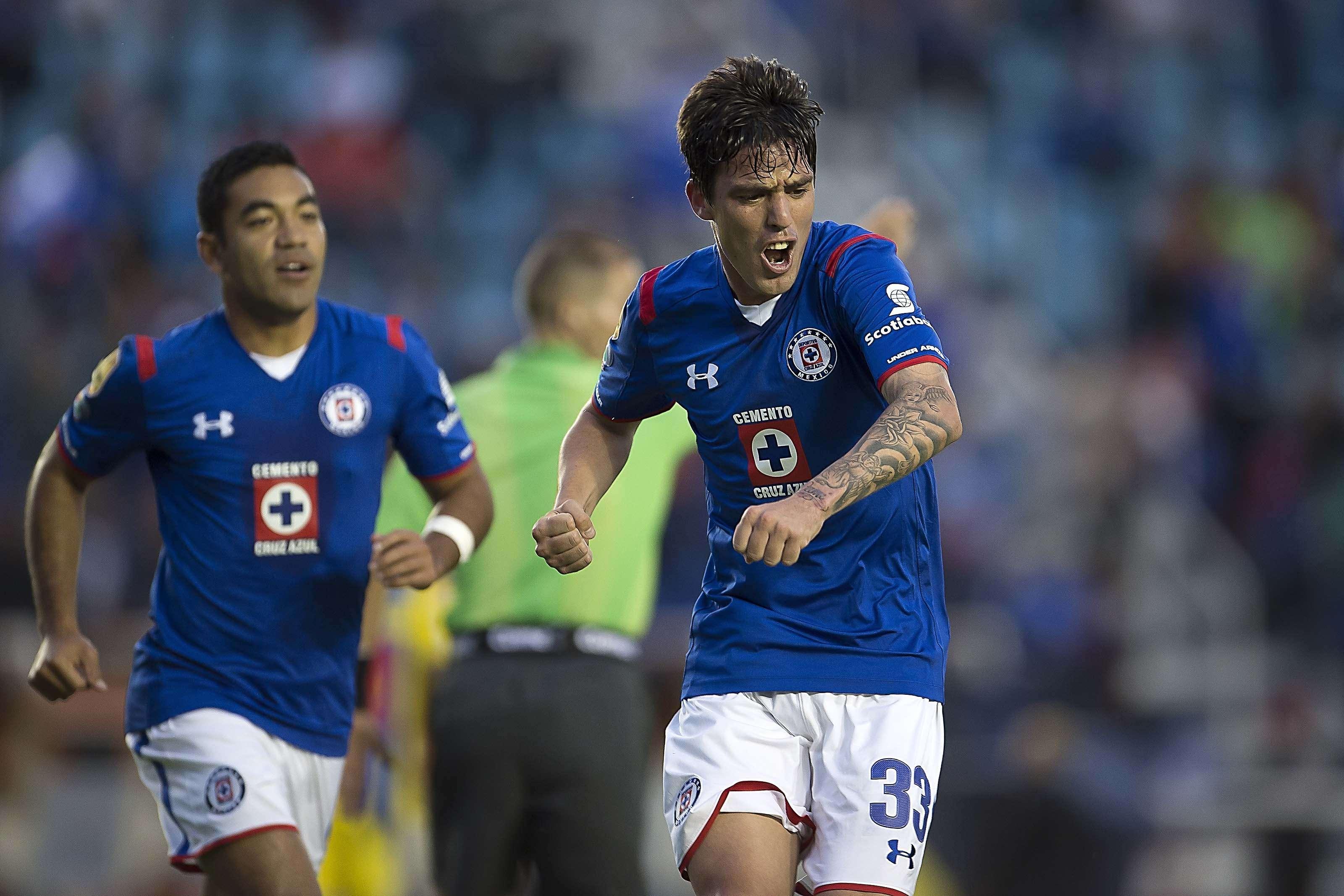 Cruz Azul venció 2-0 a Chorrillo con goles de Mauro Formica e Ismael Valadez, en un partido en el que Rogelio Chávez falló dos penaltis que le podrían costar caro a La Máquina en la Concachampions. Foto: Mexsport