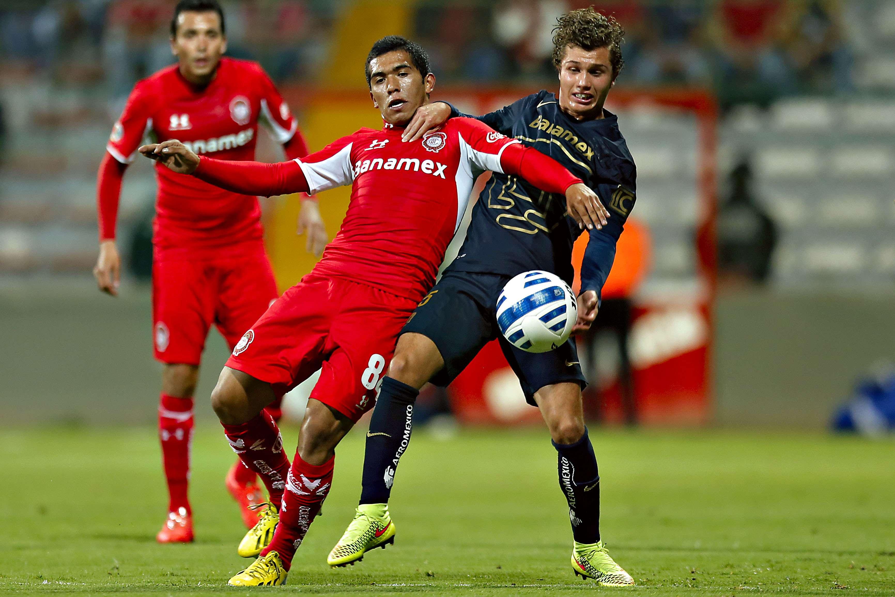 Con goles de Jerónimo Amione y Emilio Orrantia, Toluca se impuso 2-1 a Pumas en el duelo de ida de la llave 3 de la Copa MX. Foto: Imago7