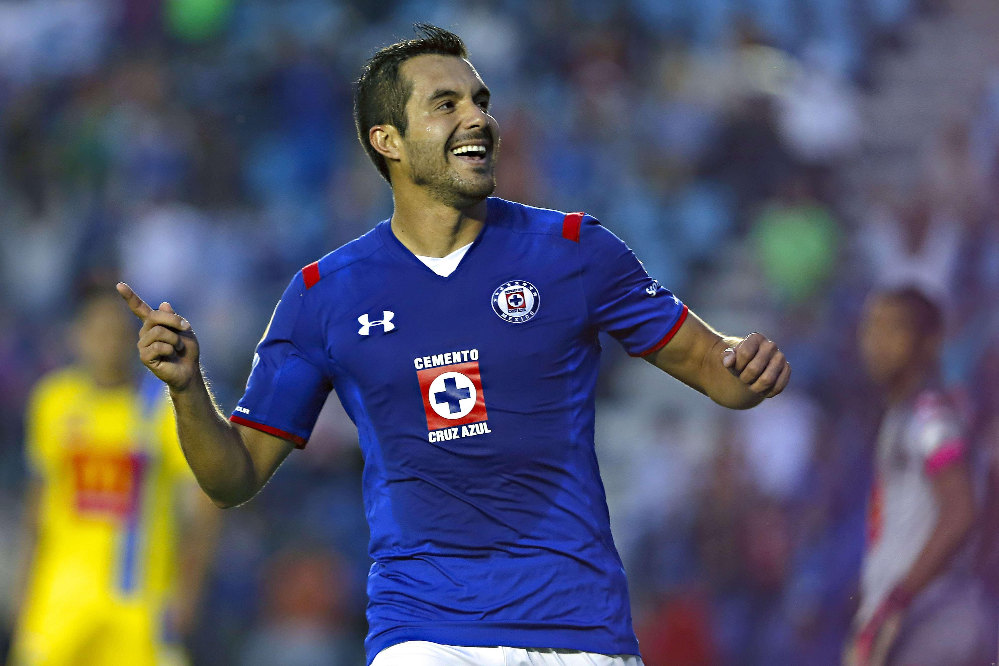 Ismael Valadez celebra el segundo gol de Cruz Azul, en el triunfo 3-0 sobre Chorrillo. Foto: Imago7