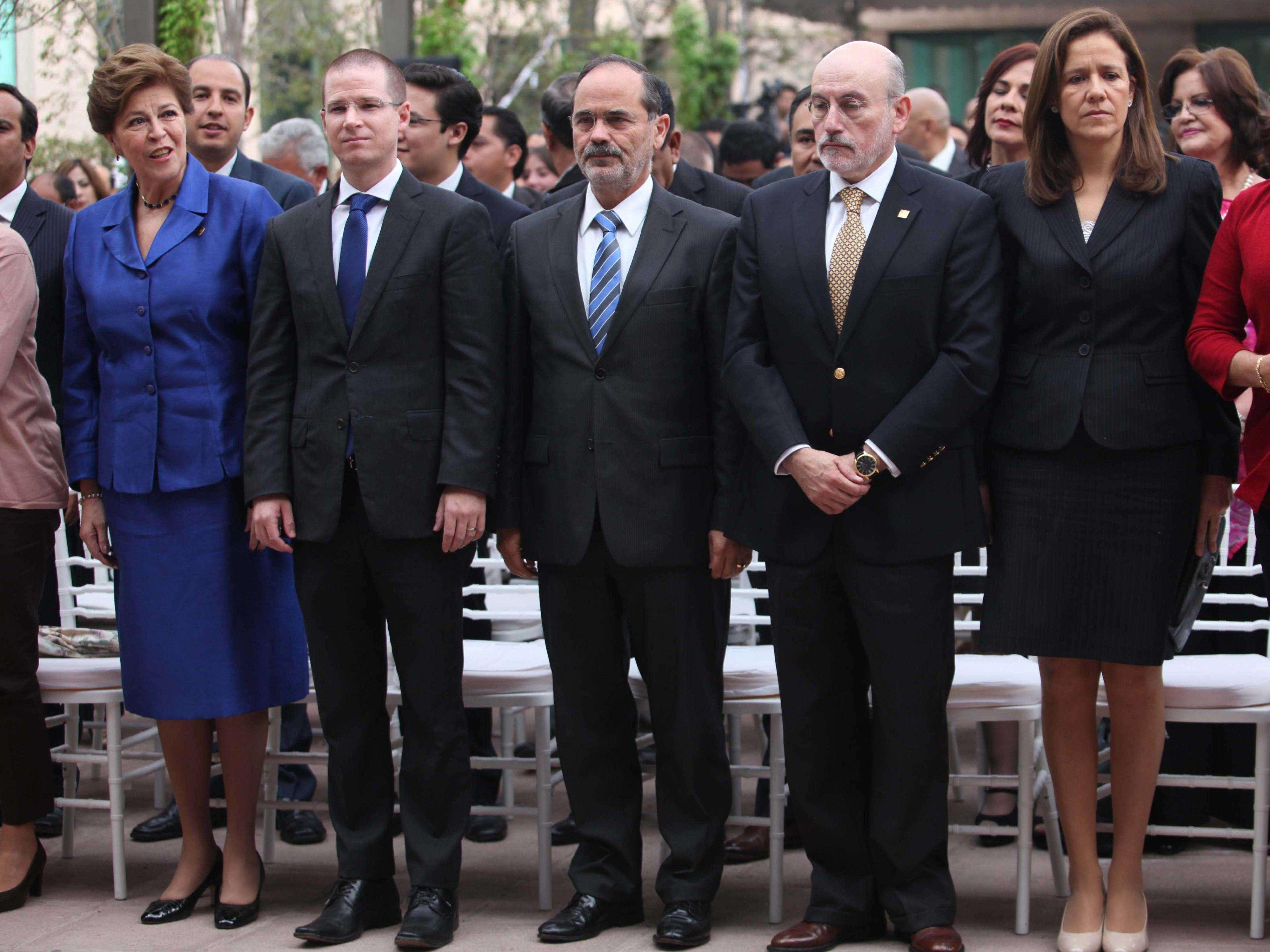 Madero destacó en la ceremonia que Gómez Morín fue arquitecto de una institución política que ha transitado de los barrios a los palacios de gobierno; desde los municipios y desde la oposición al poder. Foto: Terra