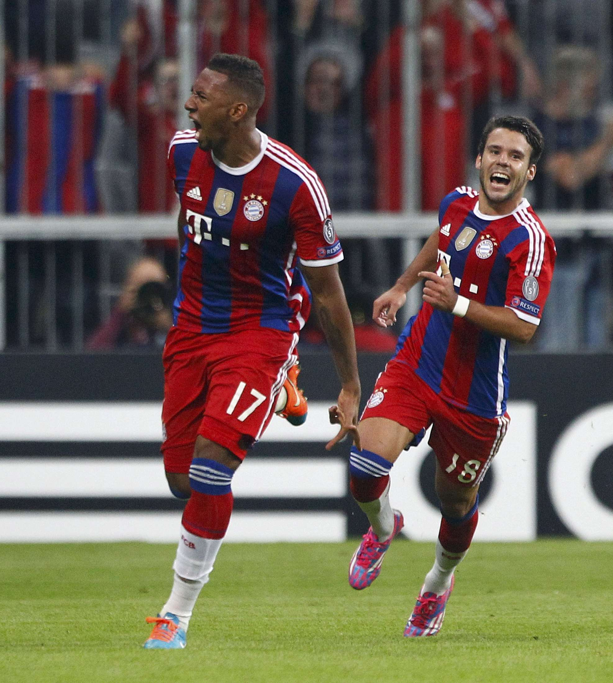 Boateng festeja su gol en el partido. Foto: Reuters