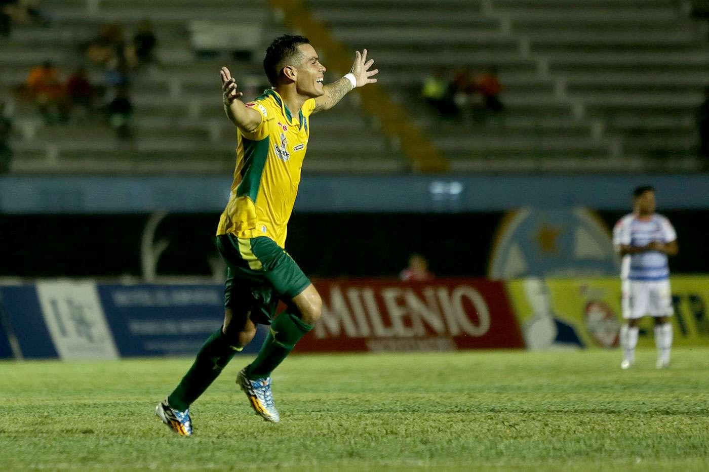 Con gol de Luis Alberto Acuña, Mérida derrotó 1-0 al Atlante en la ida de la llave 3 del grupo 6 de la Copa MX en partido celebrado en el estadio Carlos Iturralde. Foto: Jorge Peña Acosta/Imago 7