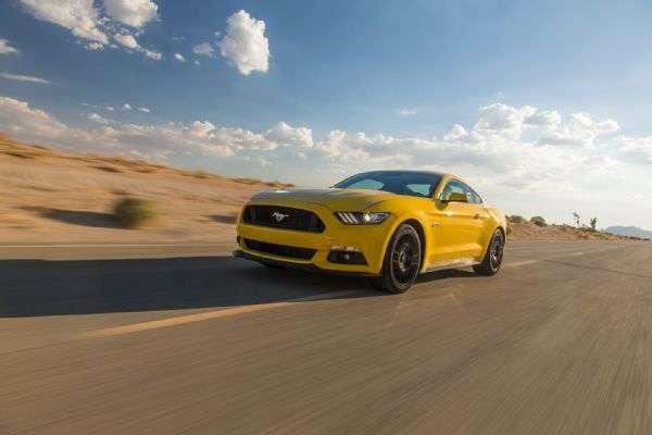 Logramos probar el nuevo Ford Mustang GT 2015, un auto que destaca por su suspensión independiente y buen manejo. Foto: Motor Trend