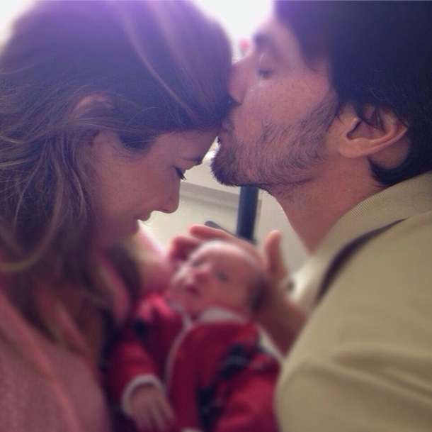 Patricia Abravanel ganha beijo do marido, o deputado Fábio Faria Foto: @patriciaabravanel/ Instagram/Reprodução