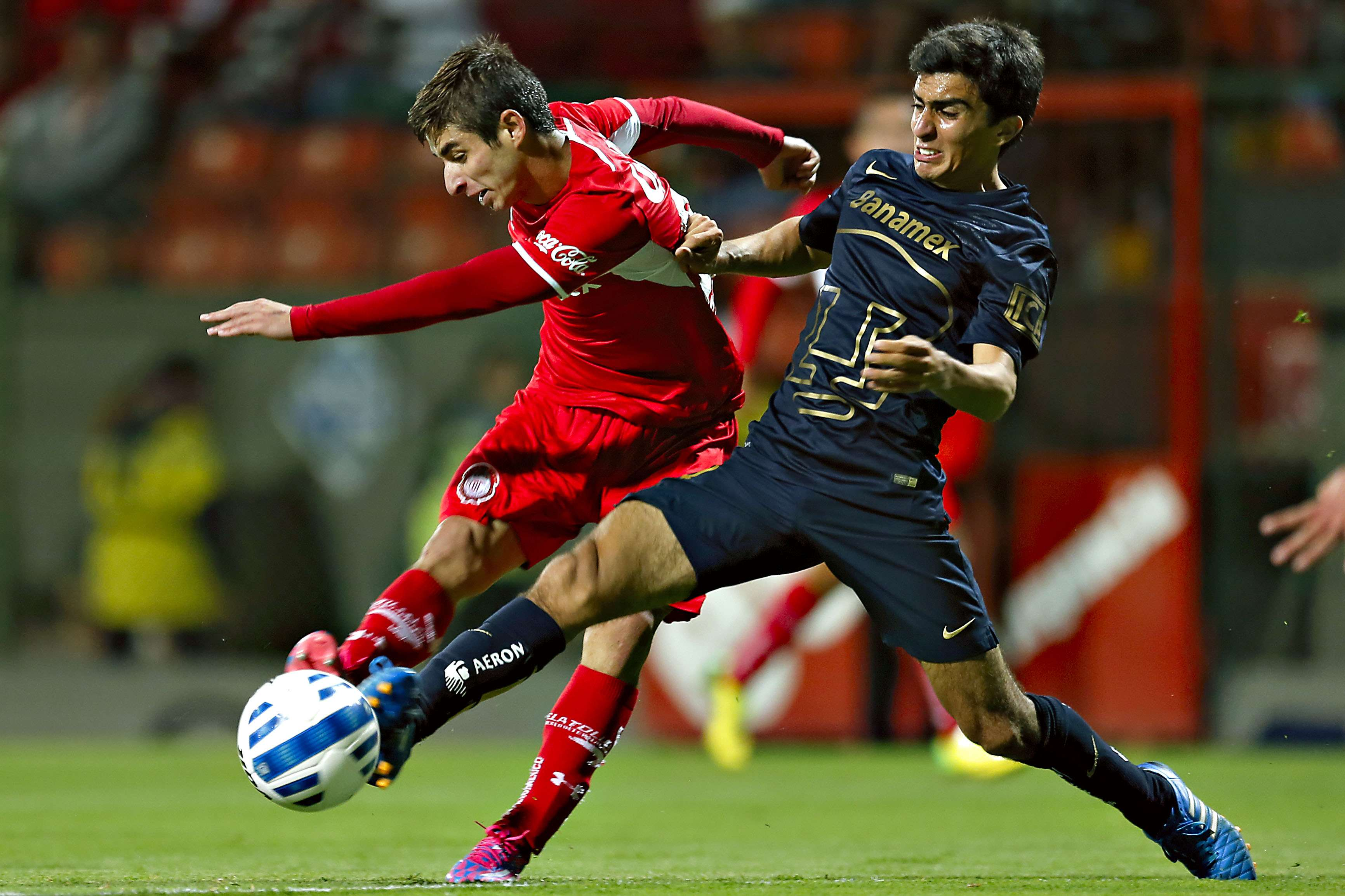 Toluca ganaba 2-0 y un juvenil Pumas logró el empate a dos, en duelo celebrado en el estadio Nemesio Diez. Foto: Imago7