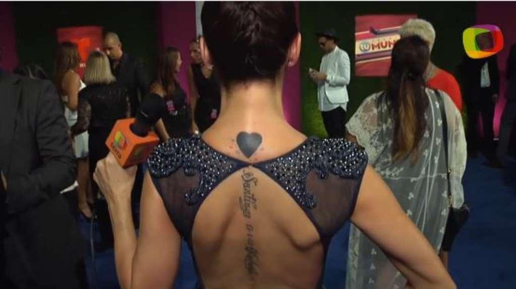 Adriana Lavat y sus misteriosos tatuajes. ¿Qué significan? Foto: Reproducción