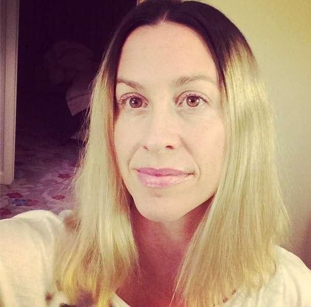 Alanis Morissette muda o visual durante sua recuperação no vício em trabalho Foto: @alanis/Reprodução/Instagram