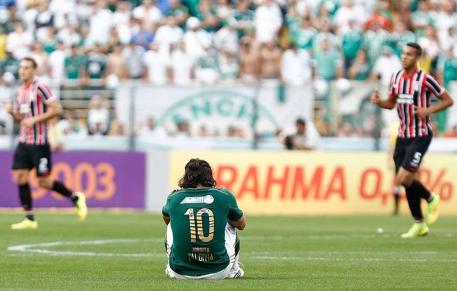 Valdivia volvía a las canchas tras un mes de lesión. Foto: Agencia UNO