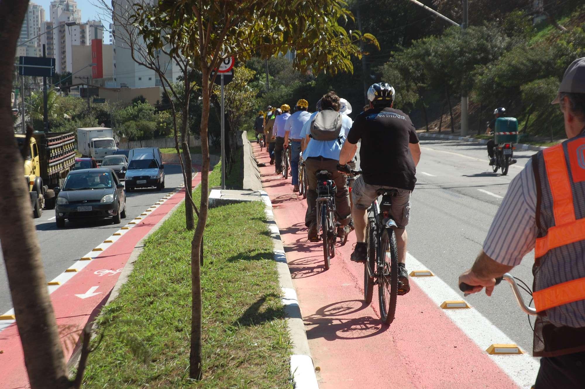 Em pesquisa, paulistanos responderam apoiar a criação de mais ciclovias Foto: Luiz Guadagnoli/Secom/Divulgação