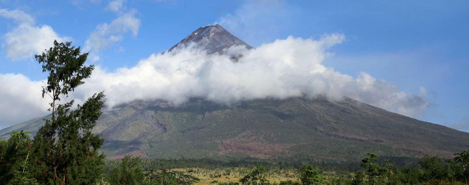 Filipinas evacua a 30 mil personas por erupción de volcán Foto: AFP en español