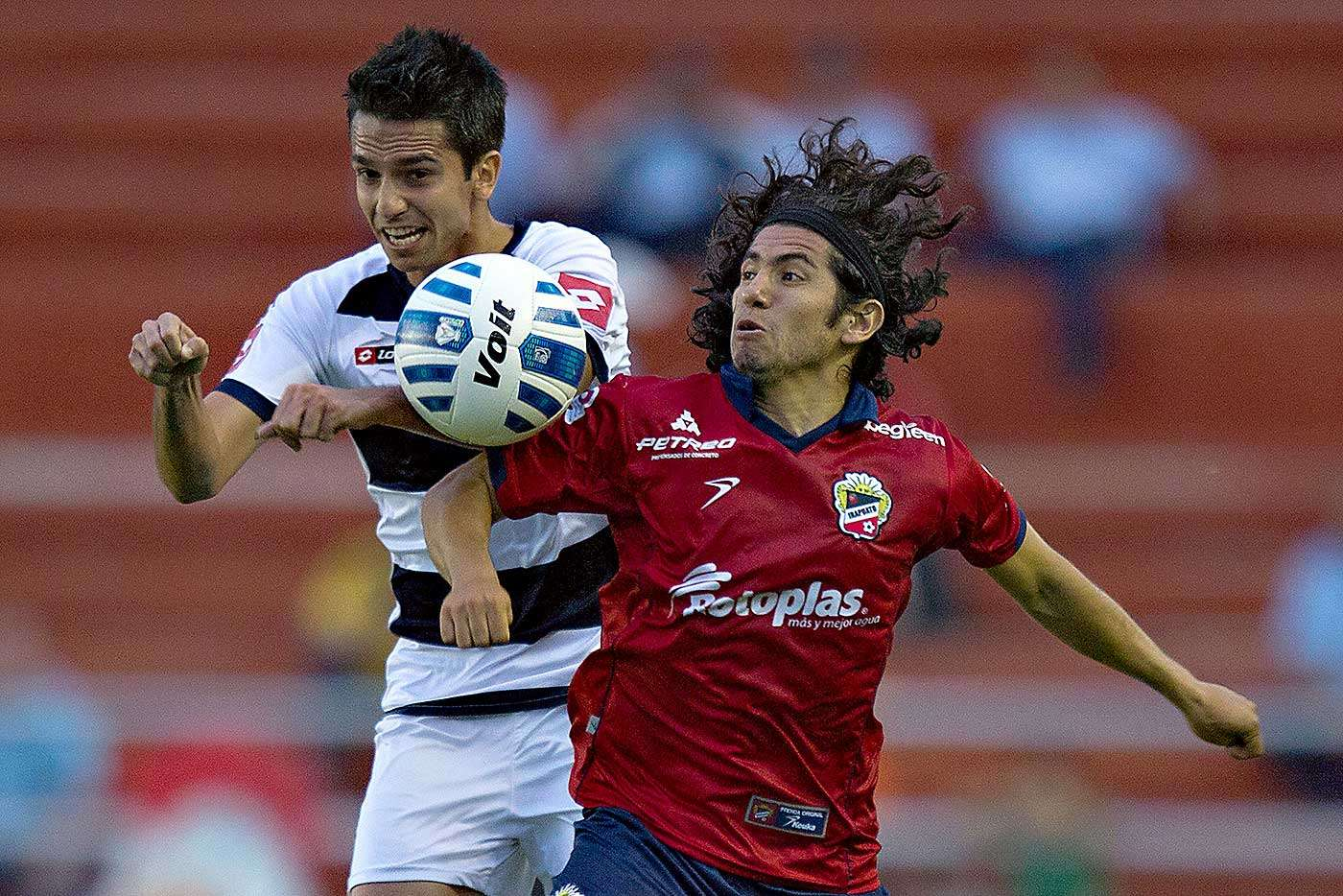 Con gol de Miguel González, Altamira derrotó 1-0 a Irapuato en el partido de ida de la llave 3 del grupo 1 de la Copa MX en partido celebrado en el estadio Sergio León Chávez de Irapuato. Foto: Sergio Mejía/Imago 7