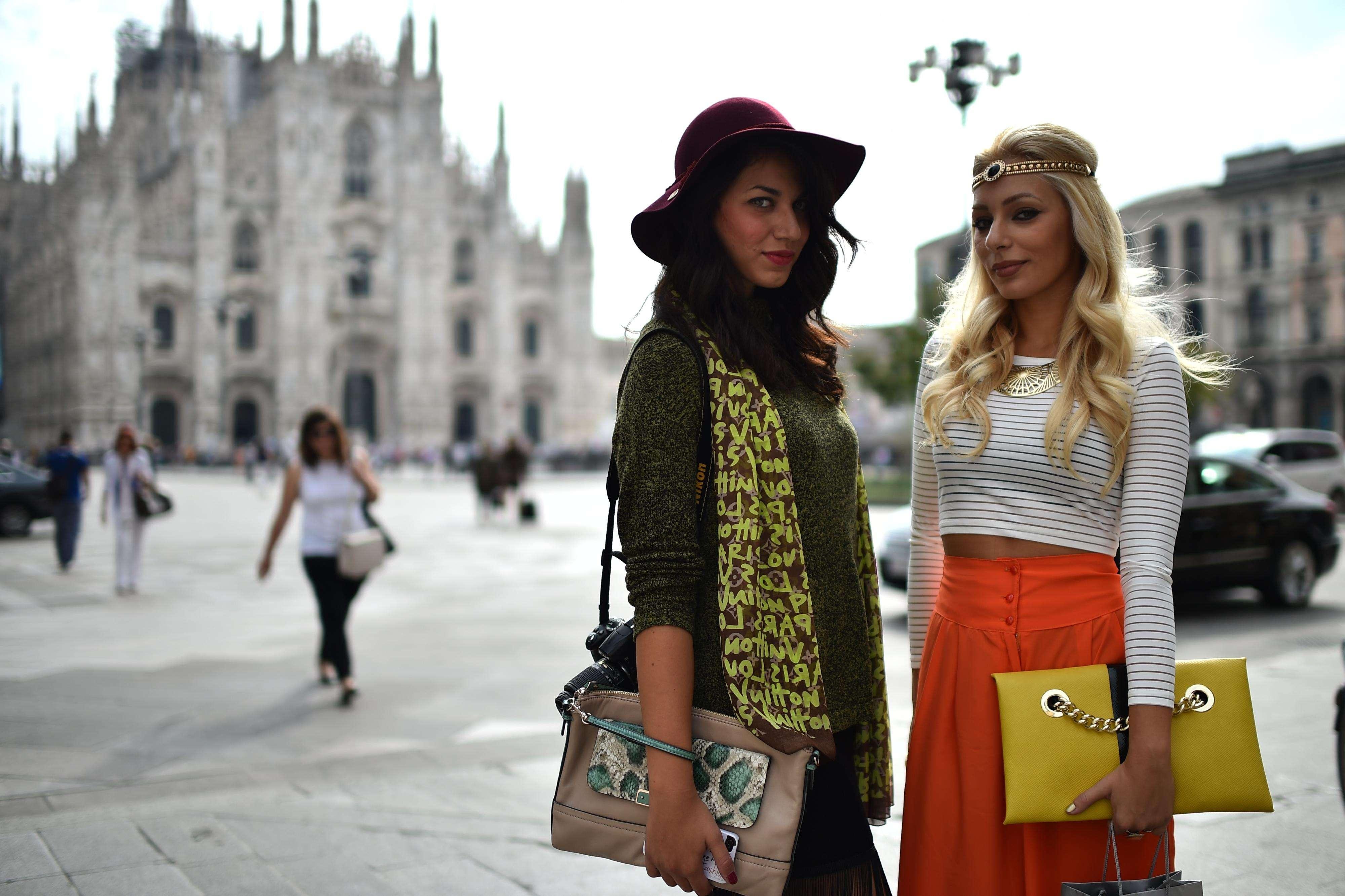 Milan Fashion Week: el street style compite vs las pasarelas Foto: AFP