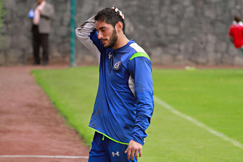 Jesús Corona fue expulsado al final del partido en el que Cruz Azul perdió ante Toluca. Foto: Imago7