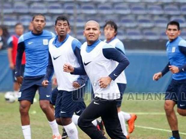 Esta es la tercera etapa de Jorge Molina en Alianza Lima, donde debutó en el 2006 y en el que también alterno entre 2008 y 2010. Foto: Facebook Alianza Lima