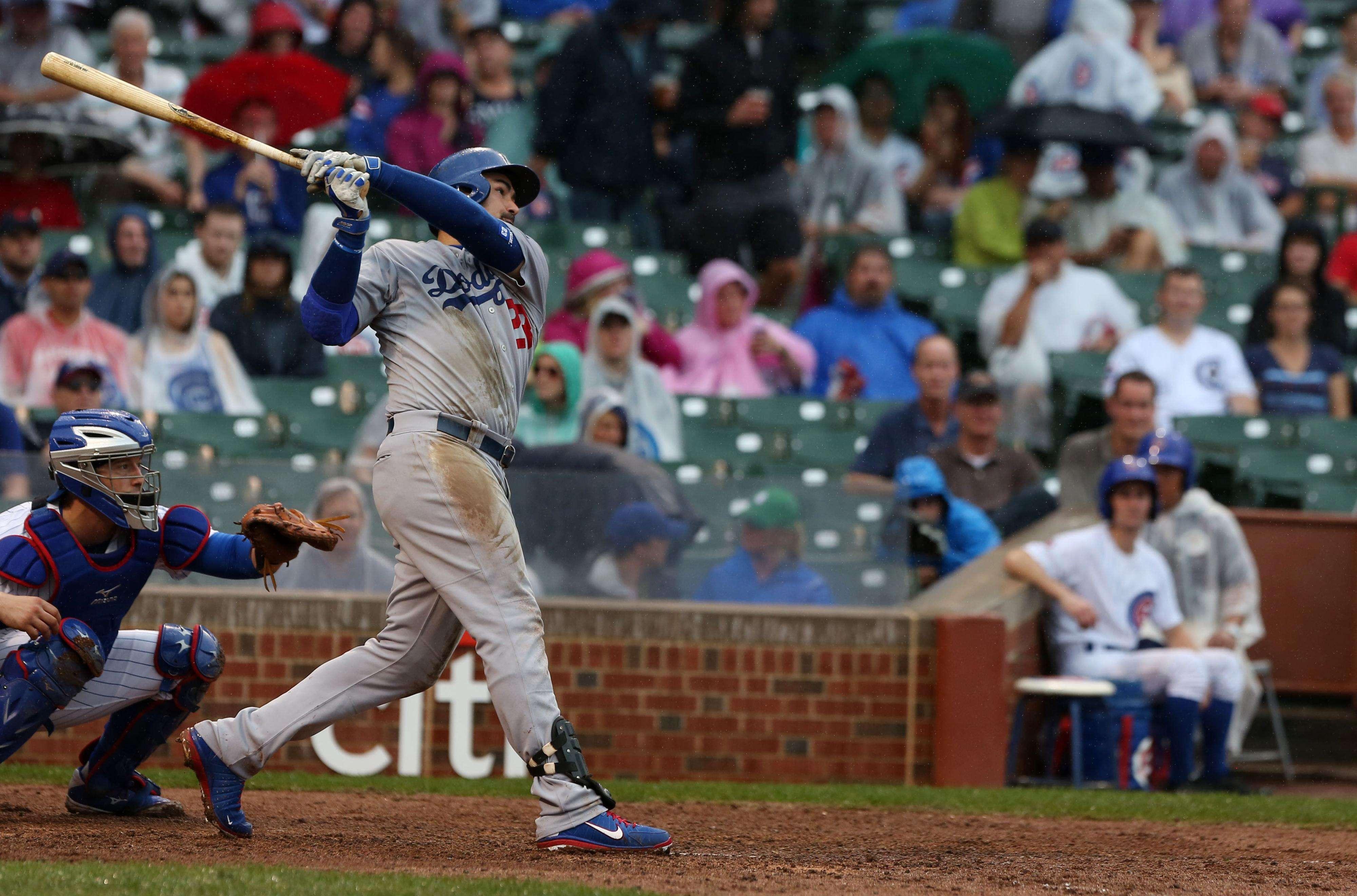 Adrián González con gran actuación personal, pero los Dodgers perdieron ante Chicago. Foto: Getty Images