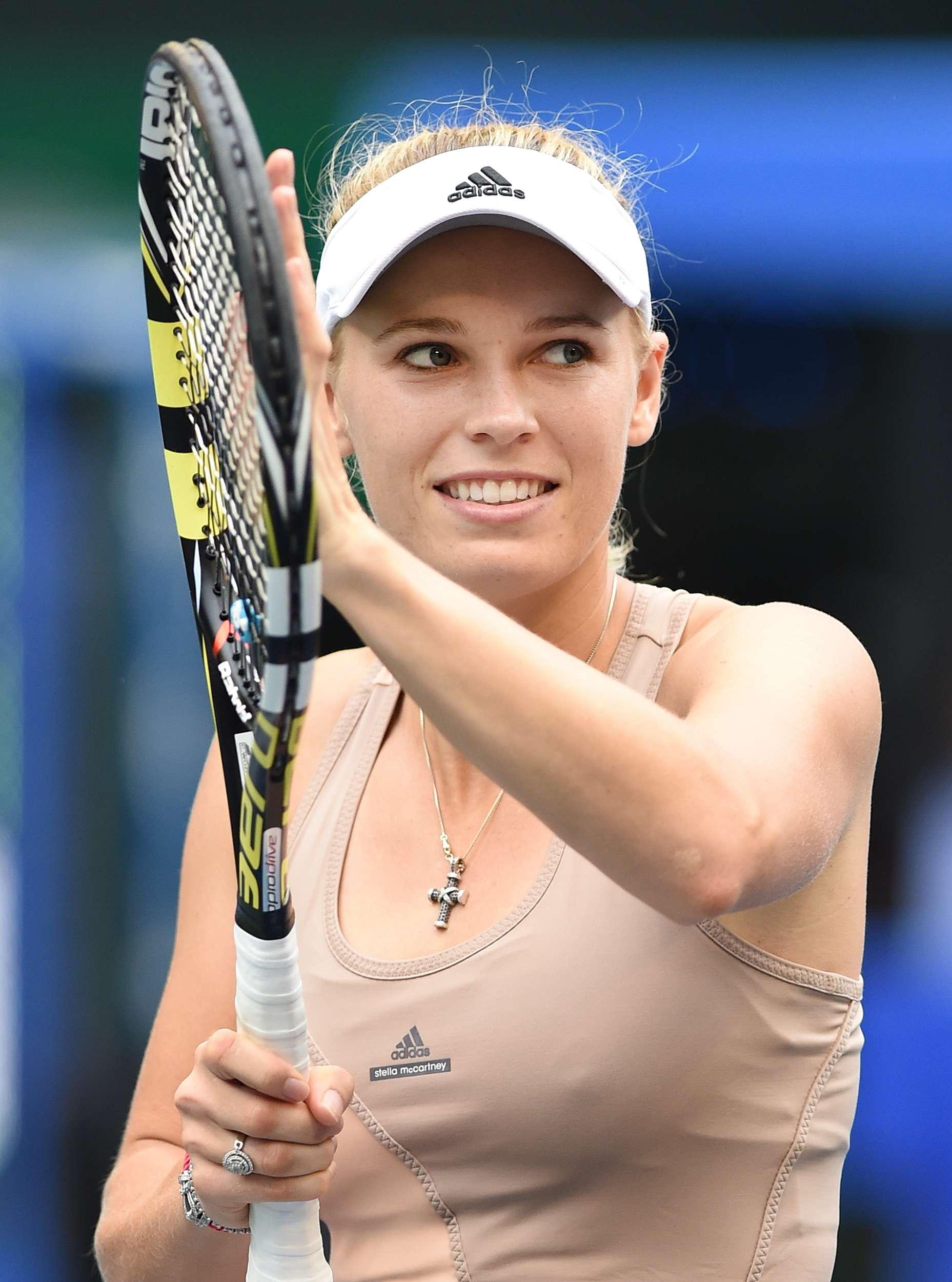 Caroline Wozniacki ganó en tres sets. Foto: AFP