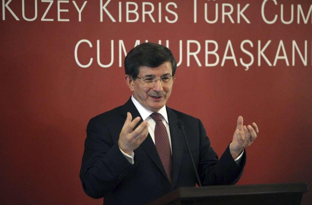 El primer ministro turco, Ahmet Davutoglu. Foto: EFE / Archivo