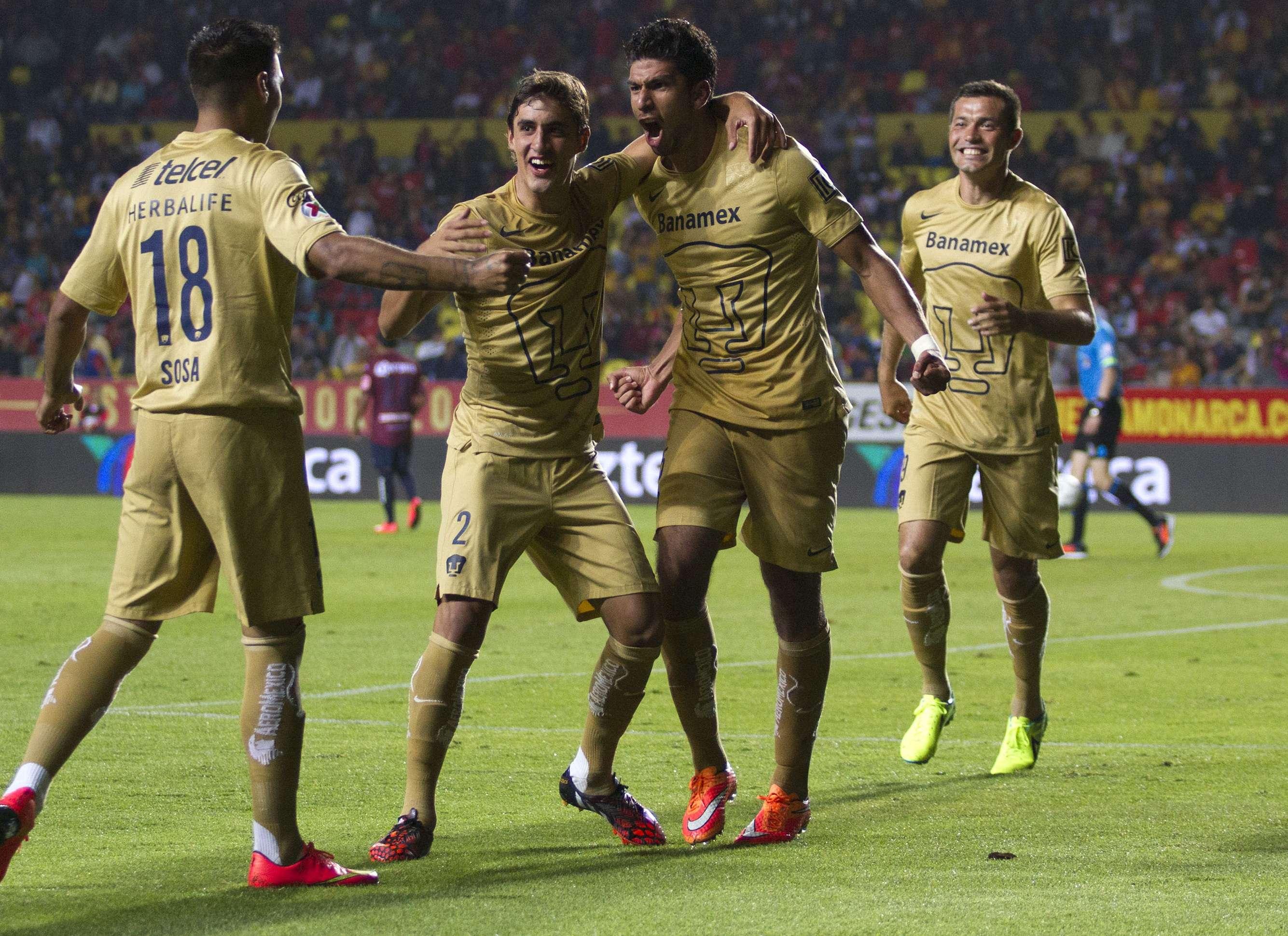 Eduardo Herrera anotó un golazo en la victoria de Pumas 3-2 sobre Monarcas Morelia. Foto: Imago7