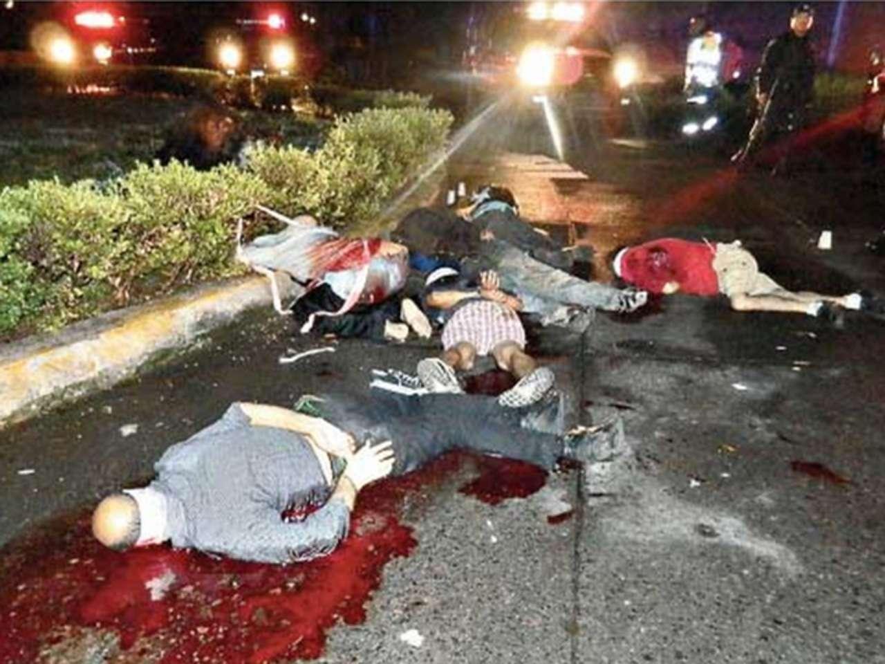 Los cuerpos de seis hombres ejecutados fueron encontrados en una glorieta de la ciudad de Uruapan, de acuerdo con los primeros reportes de la Policía Ministerial. Foto: Reuters en español