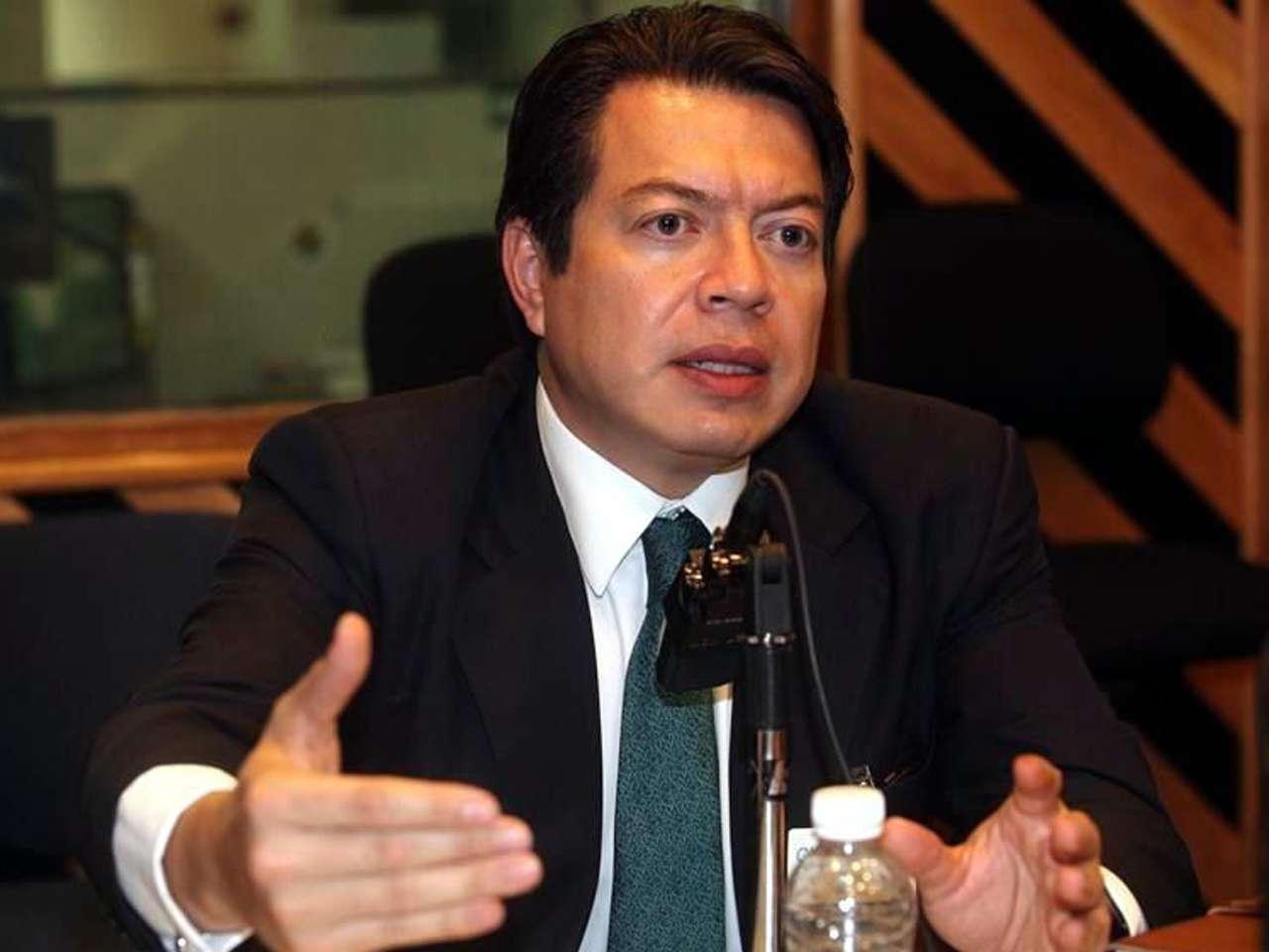 El perredista Mario Delgado anunció el acuerdo entre senadores de su partido, del PRI y del PAN Foto: Reforma/Archivo