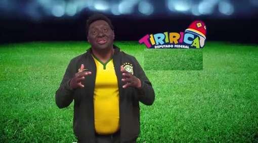 Tiririca imita Pelé Foto: Reprodução